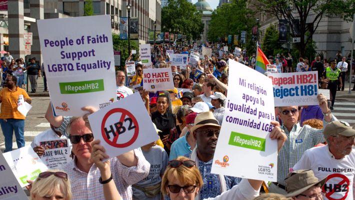 Journée internationale contre l'Homophobie et la Transophobie
