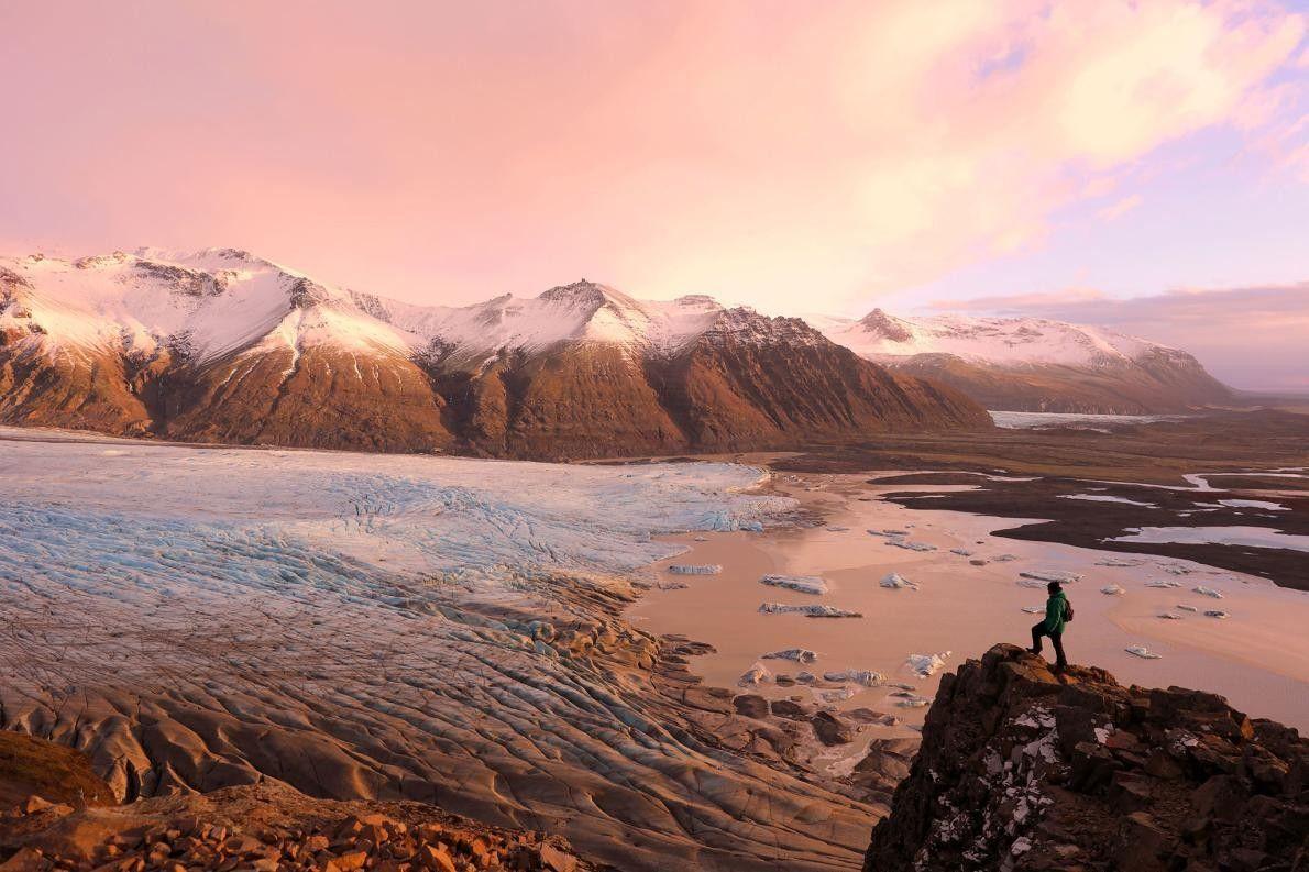 Vue sur le parc national de Vatnajökull et le glacier de Skaftafell. Jusqu'en 2008, Skaftafell avait ...