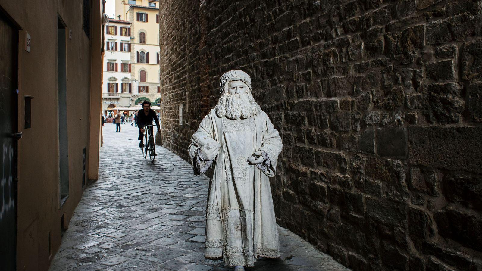 C'est à Florence que Léonard de Vinci se fait connaître par son talent prodigieux et reçoit ...