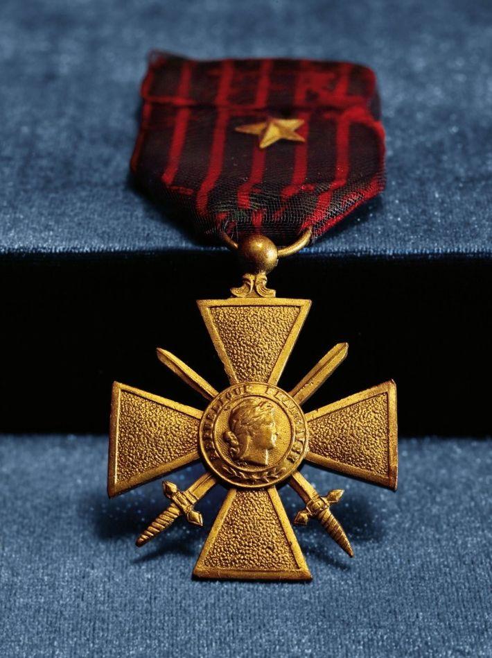 Croix de guerre – Au cours de la Première Guerre mondiale, le gouvernement français décora de ...