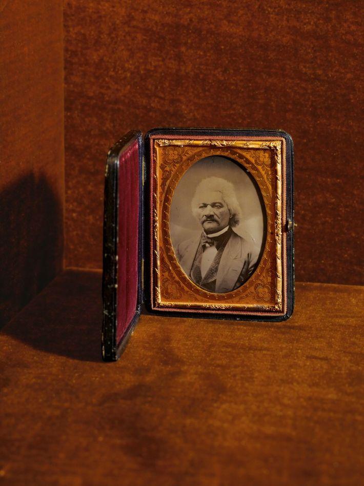 Ce cliché de l'un des plus célèbres abolitionnistes est exposé dans le musée. Ex-esclave, Douglass fut ...