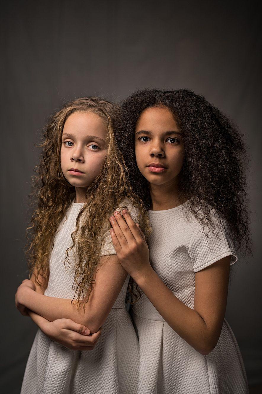 Ces soeurs sont des jumelles non-identiques, qui amènent à repenser la supposée unicité du bagage génétique ...