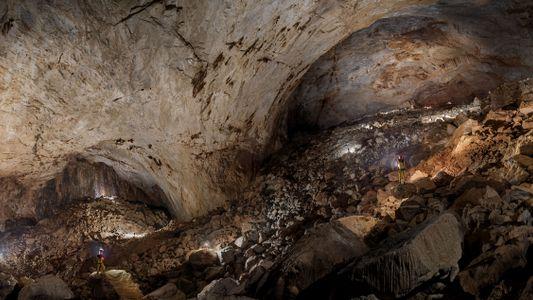Grottes de Bornéo : un réseau souterrain aux dimensions hors normes