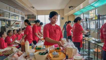 Aux Philippines, l'exil programmé