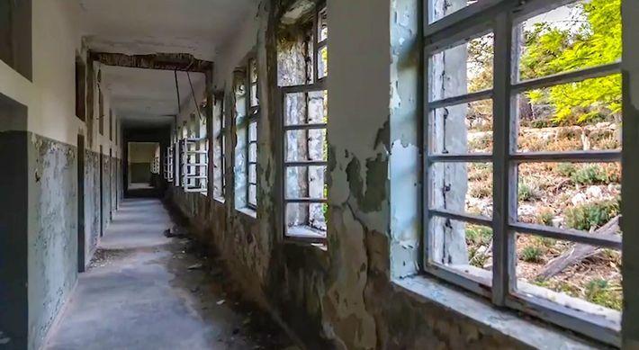 La prison croate sur une île déserte