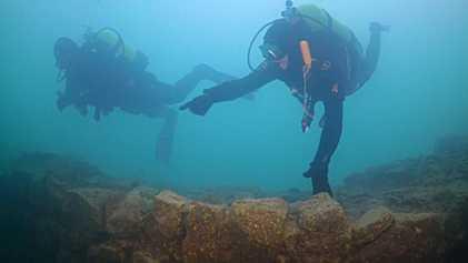 Découverte d'une forteresse sous-marine dans lac de Van, en Turquie