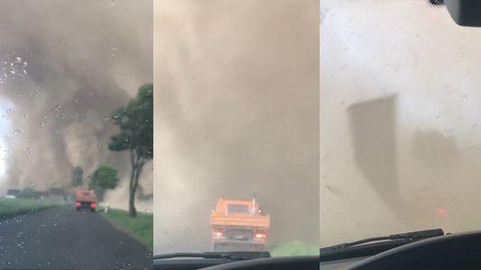 Conduire à travers une tornade