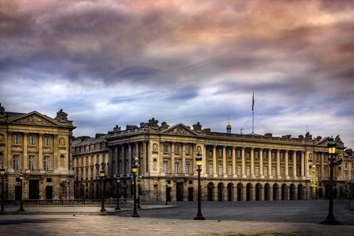 """Paris, photo de Gerard Héloise. """"L'image a été prise très tôt le matin. À cette heure, ..."""