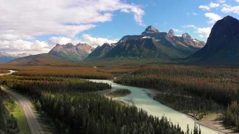 Huit incroyables road trips différents au Canada