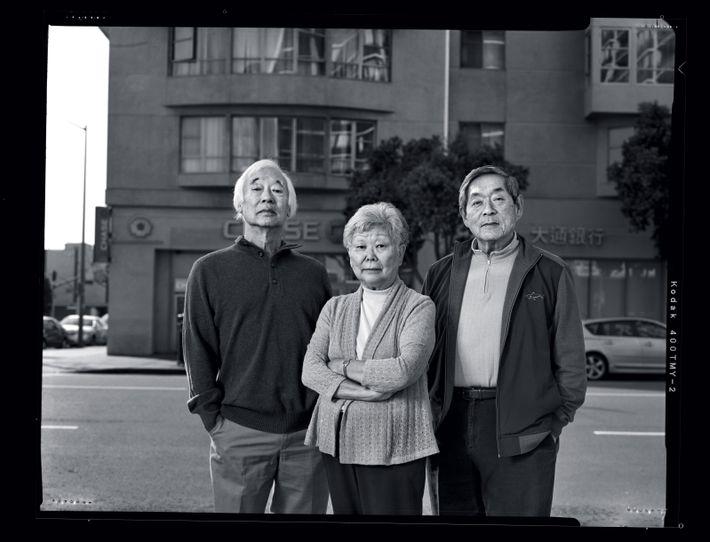 Karen Hashimoto (au centre), dont le grand-père a fondé le magasin, avait 3 mois quand elle ...