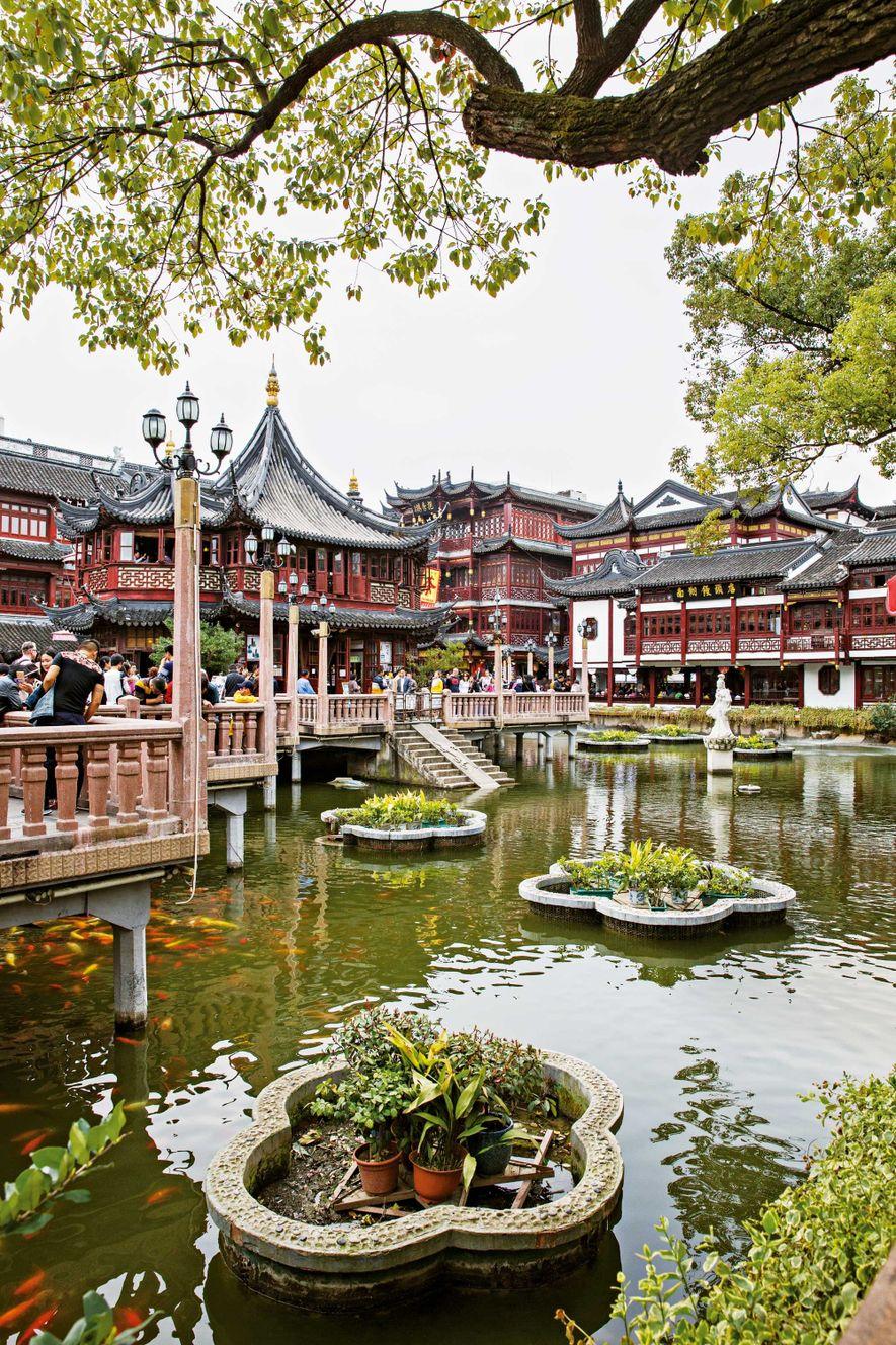 Au coeur du jardin Yuyuan, dans le quartier de Puxi, se cache la plus vieille maison ...