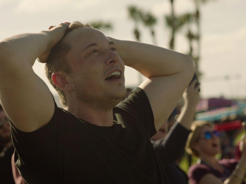 Exclusif : Dans les coulisses du lancement de la Falcon Heavy avec Elon Musk