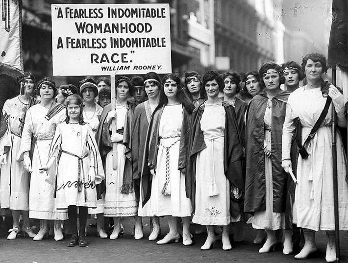 New York Times, 1921 - Un an après que les femmes ont obtenu le droit de ...