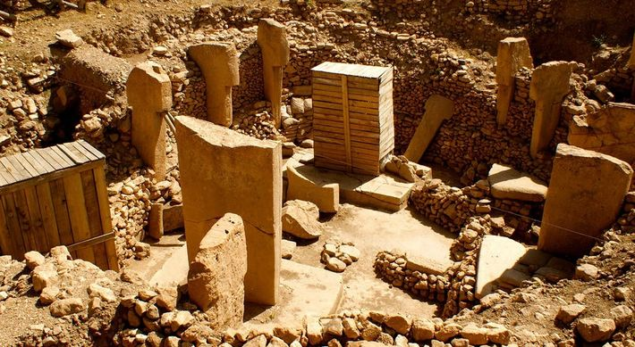 La carrière d'où proviennent les pierres ayant permis d'ériger Göbekli Tepe se trouve à proximité du ...