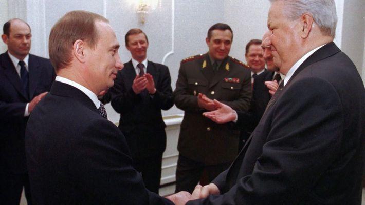 Pour quoi Yeltsin choisit Poutine?
