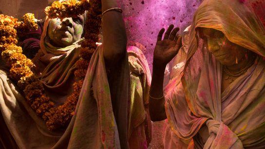 INDE Jusqu'à récemment, l'exubérance de Holi, la fête qui voit les gens se jeter des poudres ...