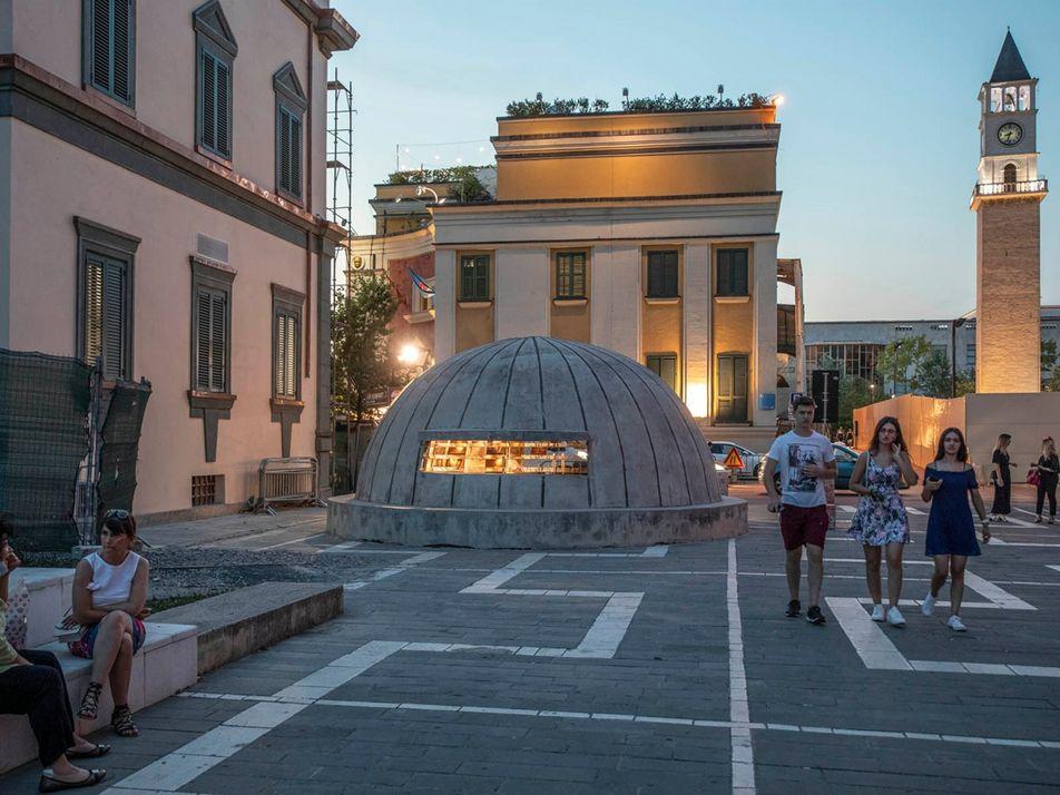 Autrefois secrets, les bunkers albanais se transforment en musées