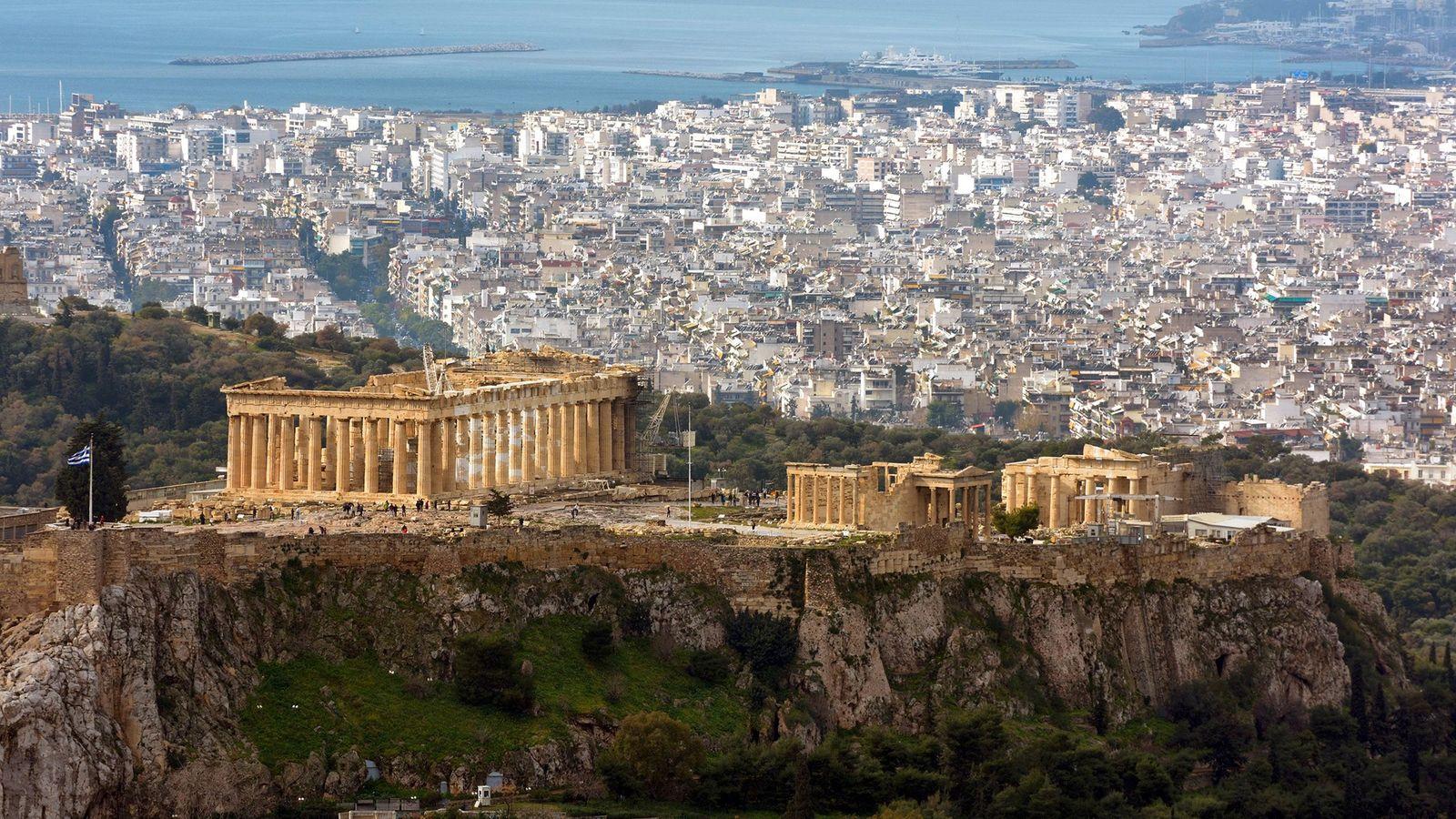 Les merveilles architecturales de l'antiquité sont omniprésentes dans l'Acropole d'Athènes.
