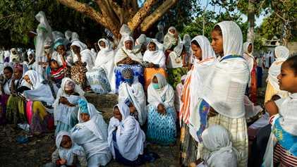 Reportage dans la région éthiopienne du Tigré, accablée par une crise humanitaire sans précédent