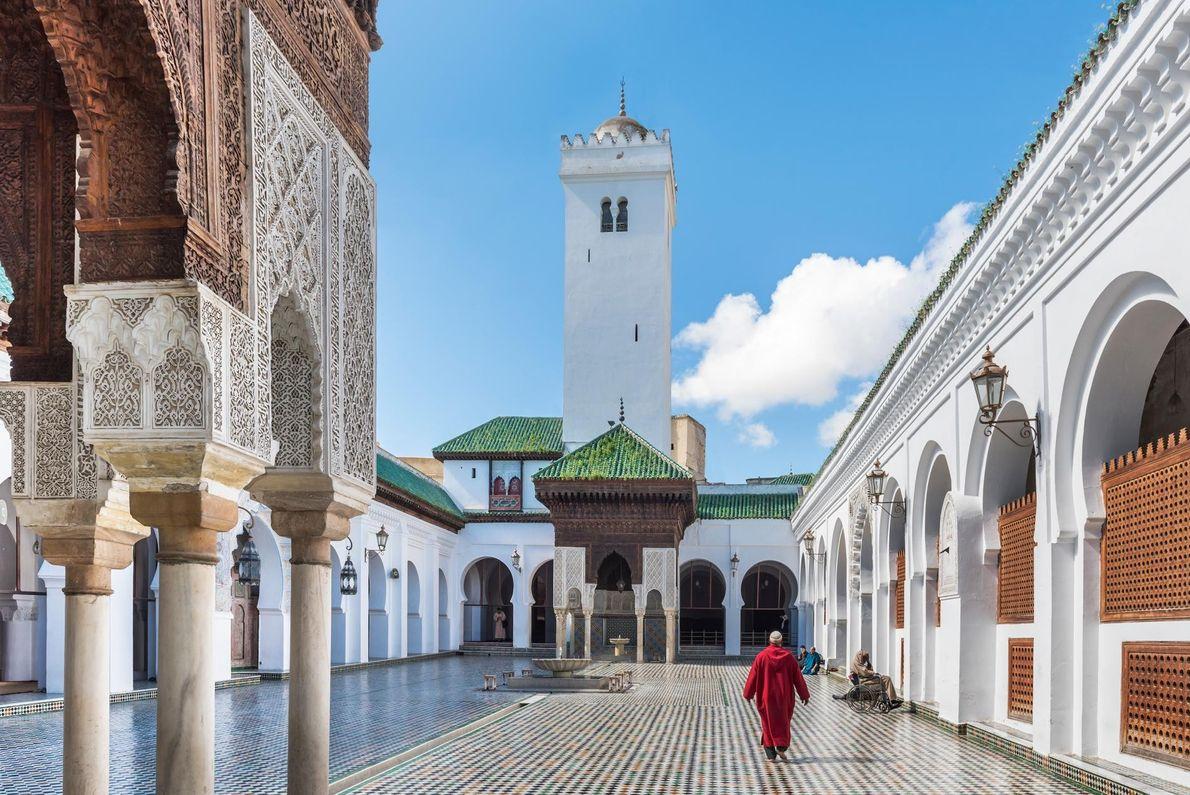 Fondée en 859 avant J.-C. par une femme, Fatima al-Fihri, l'Université Al Quaraouiyine de Fez abrite ...