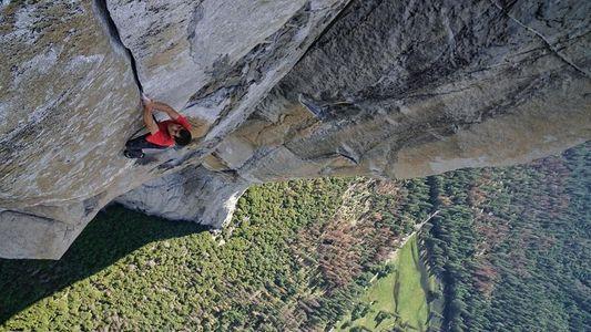 Alex Honnold bat un nouveau record d'ascension d'El Capitan