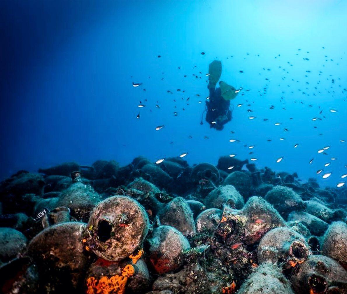 Alonissos, Grèce. Créé en 1992, le musée sous-marin d'Alonissos, le premier en Grèce, abrite des amphores à vin antiques.