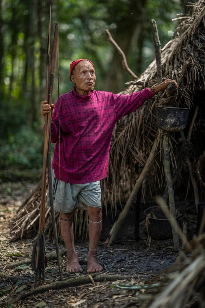 Lorsque les missionnaires sont entrés en contact avec certains membres de la tribu des Mastanahua en 2003, ...