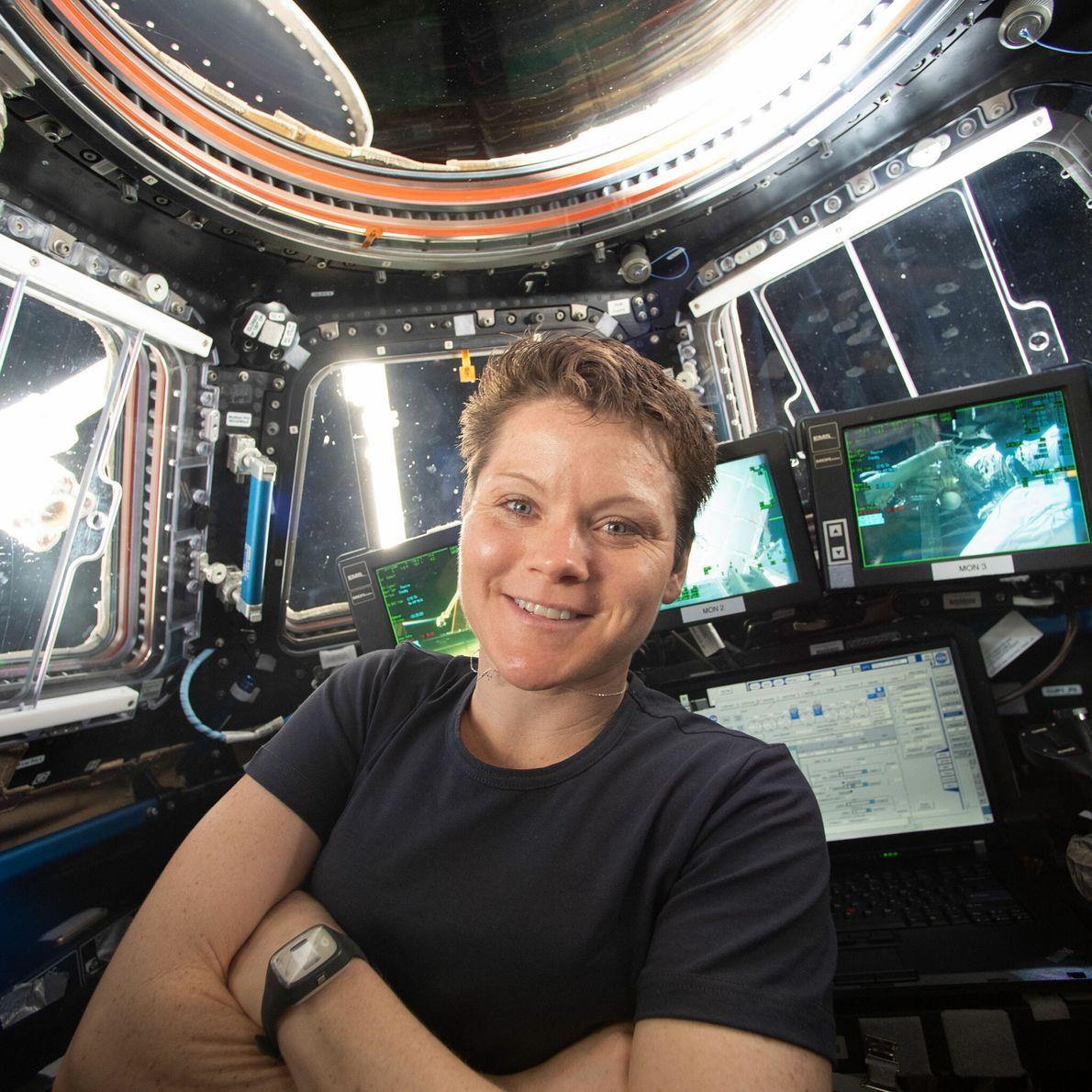 Anne McClain - promotion d'astronautes 2013, 204 jours dans l'espace.