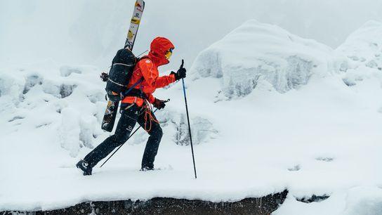 Mettant en application ce qu'il avait appris au cours de ses trois autres ascensions de sommets ...