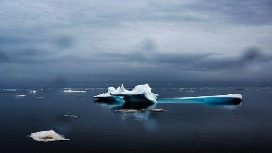 Juin 2015 – L'océan Arctique au large d'Utqiaġvik (anciennement Barrow) en Alaska après un hiver particulièrement ...