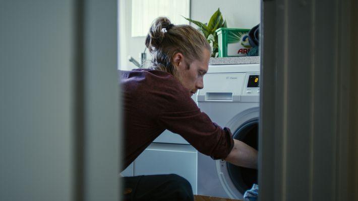 Les lave-linge modernes sont beaucoup plus économes en énergie, tandis qu'Ariel a mis au point une ...