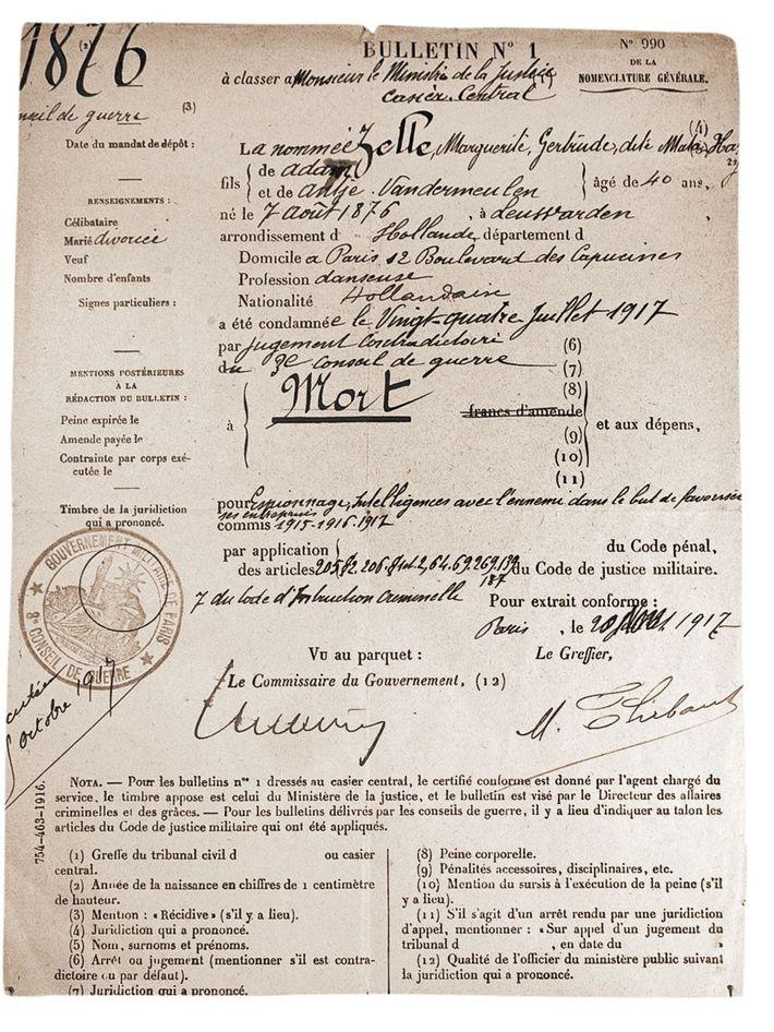 A la fin de son procès en juillet 1917, Mata Hari devait encore attendre trois mois ...