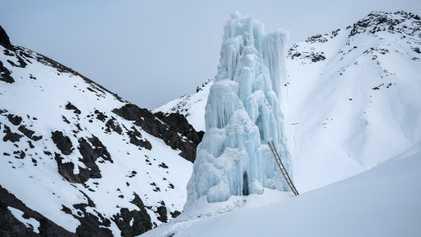 Les glaciers artificiels, nouvelles sources d'eau de fonte