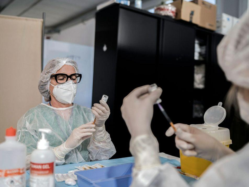 Coronavirus : AstraZeneca peut-il redonner confiance en son vaccin ?