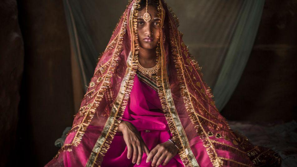 Au Népal, l'exil des femmes menstruées