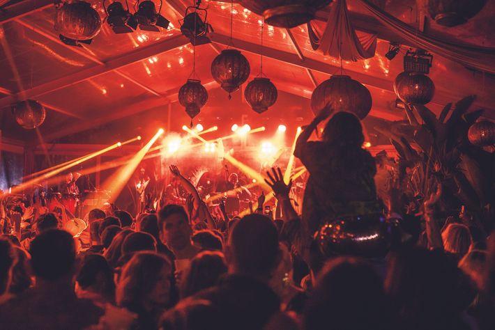 Le Beat Hotel est l'un des tout nouveaux festivals de musique live au Maroc. Il attire une ...