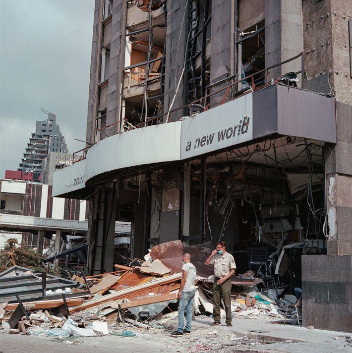 Un spectacle digne d'une scène de guerre : l'explosion est la plus destructrice de l'histoire récente ...