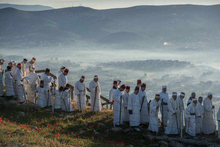 À la Pâque juive, des Samaritains se rendent sur le mont Garizim qui, selon eux, abrite ...