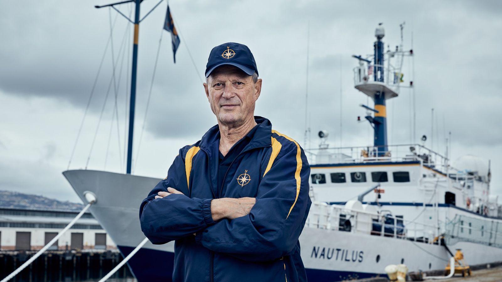 Surtout connu pour sa découverte de l'épave du Titanic en 1985 , Robert Ballard prendra la ...