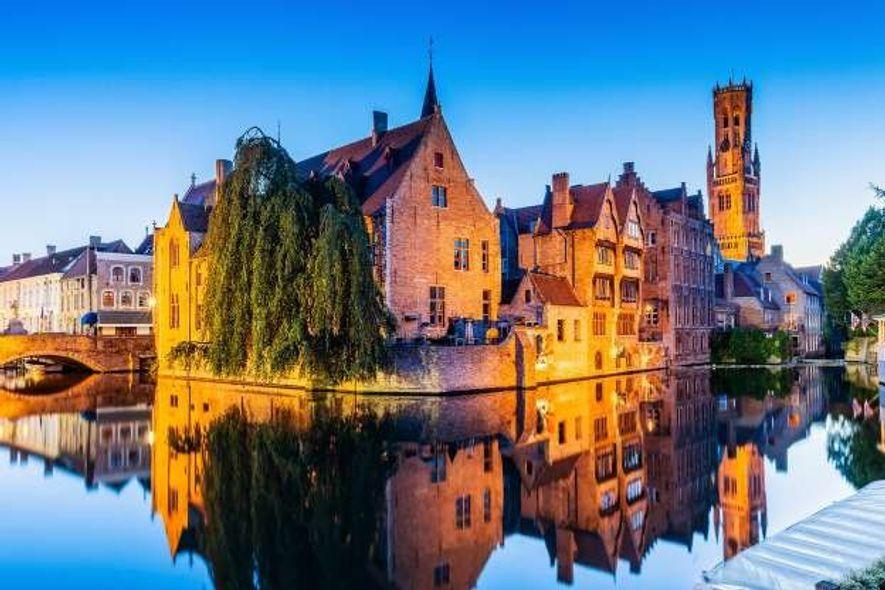 Le resplendissant canal de Rozenhoedkaai est le site le plus photographié de Bruges.