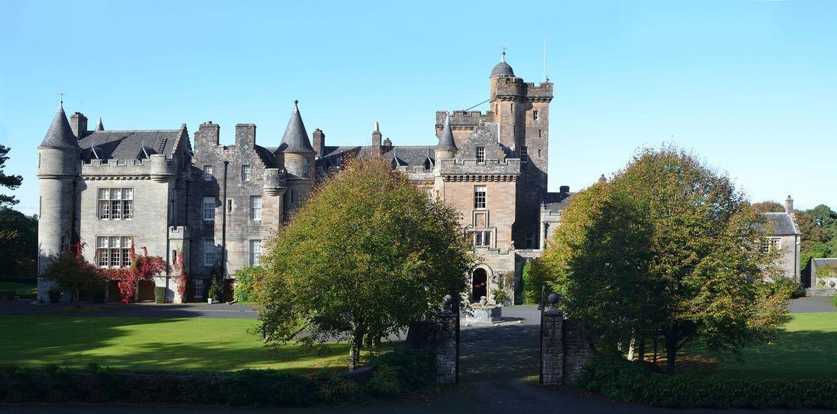 AYRSHIRE, ECOSSE - Les terres du château de Glenapp se trouvent dans la biosphère de l'UNESCO, ...