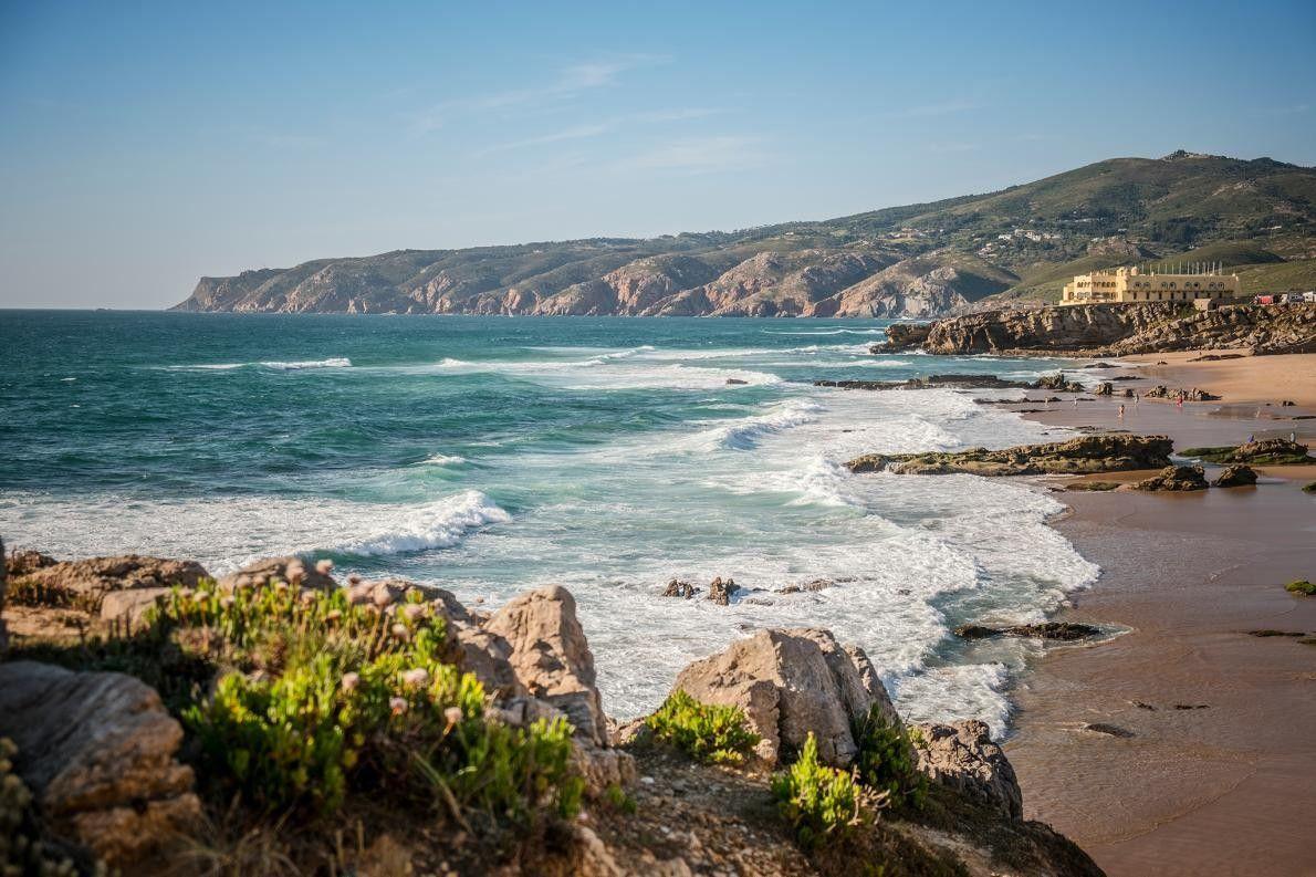 CASCAIS, PORTUGAL - Situé entre la plage de Guincho et le parc naturel de Sintra-Cascais, l'indomptable ...