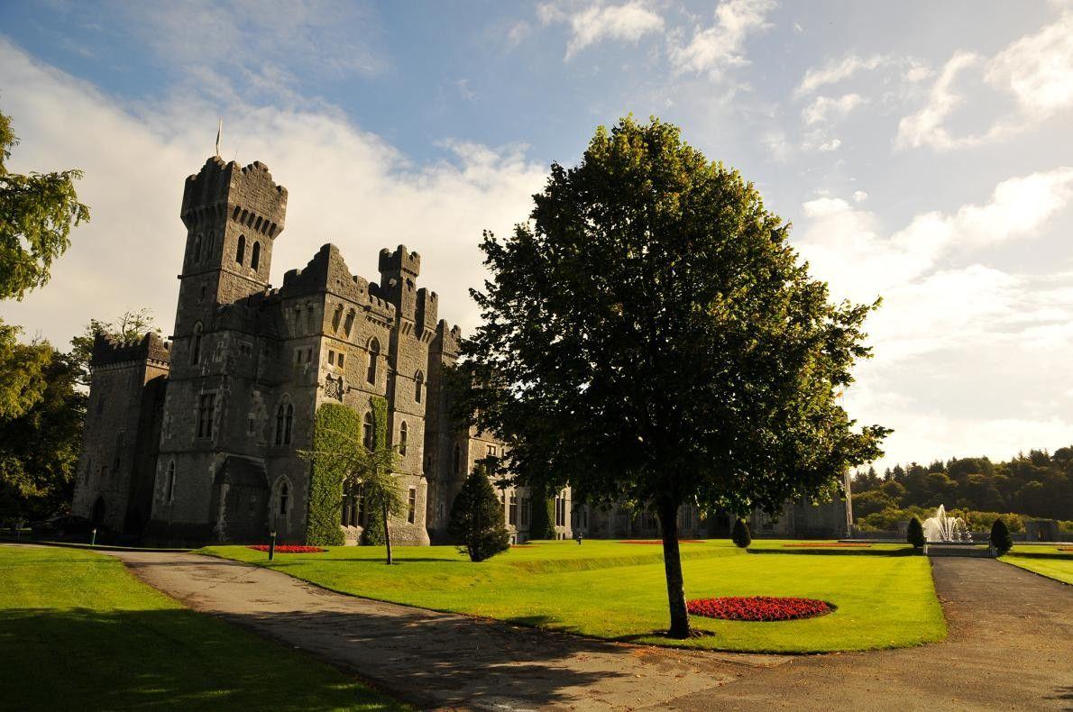 COMTÉ DE MAYO, IRLANDE - En 2019, le château d'Ashford doté de 83 chambres fêtera son ...