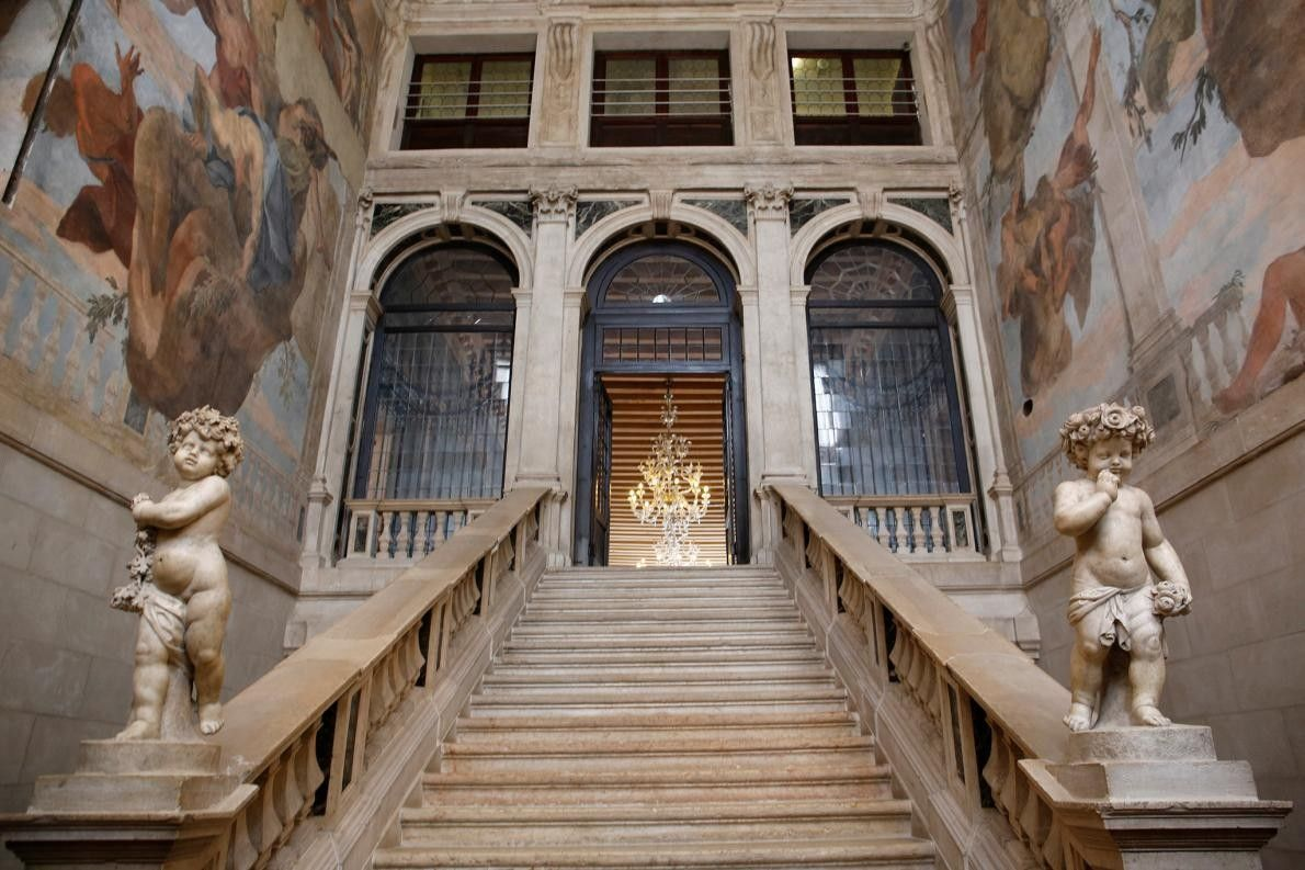 VENISE, ITALIE - Construit dans les années 1400, Ca'Sagredo a été acheté par la noblesse de ...