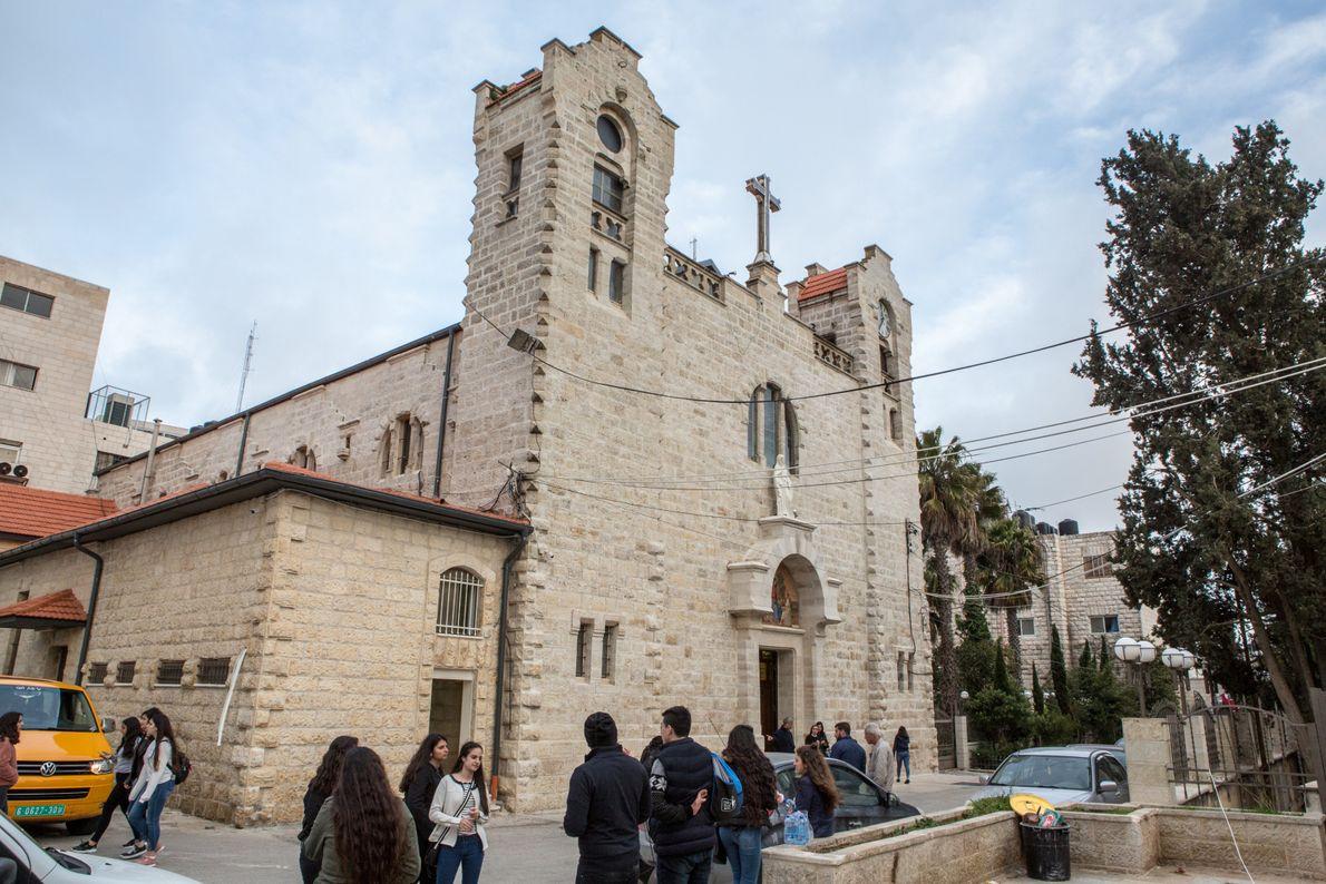 L'église de la Sainte-Famille à Ramallah, la capitale administrative de l'Autorité Palestinienne. L'exode des chrétiens de ...