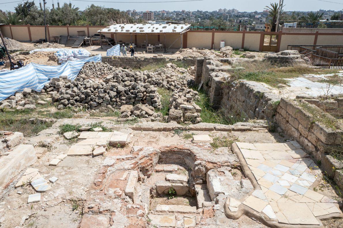 Menacé par les guerres et par l'urbanisation sauvage, le monastère byzantin de Saint Hilarion (4e siècle) ...