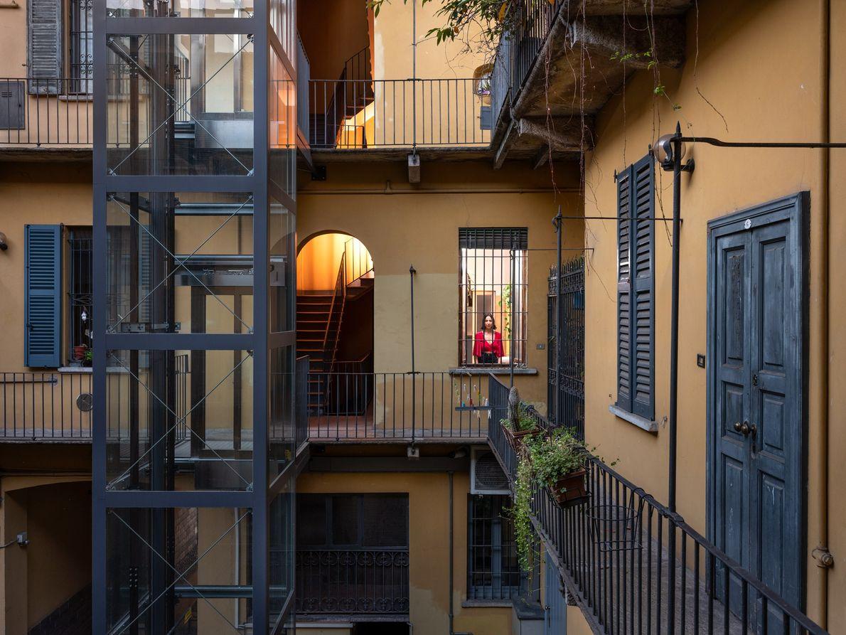 Dans le quartier où habite Rebecca Casale, la vie nocturne est des plus animées. Les bars ...