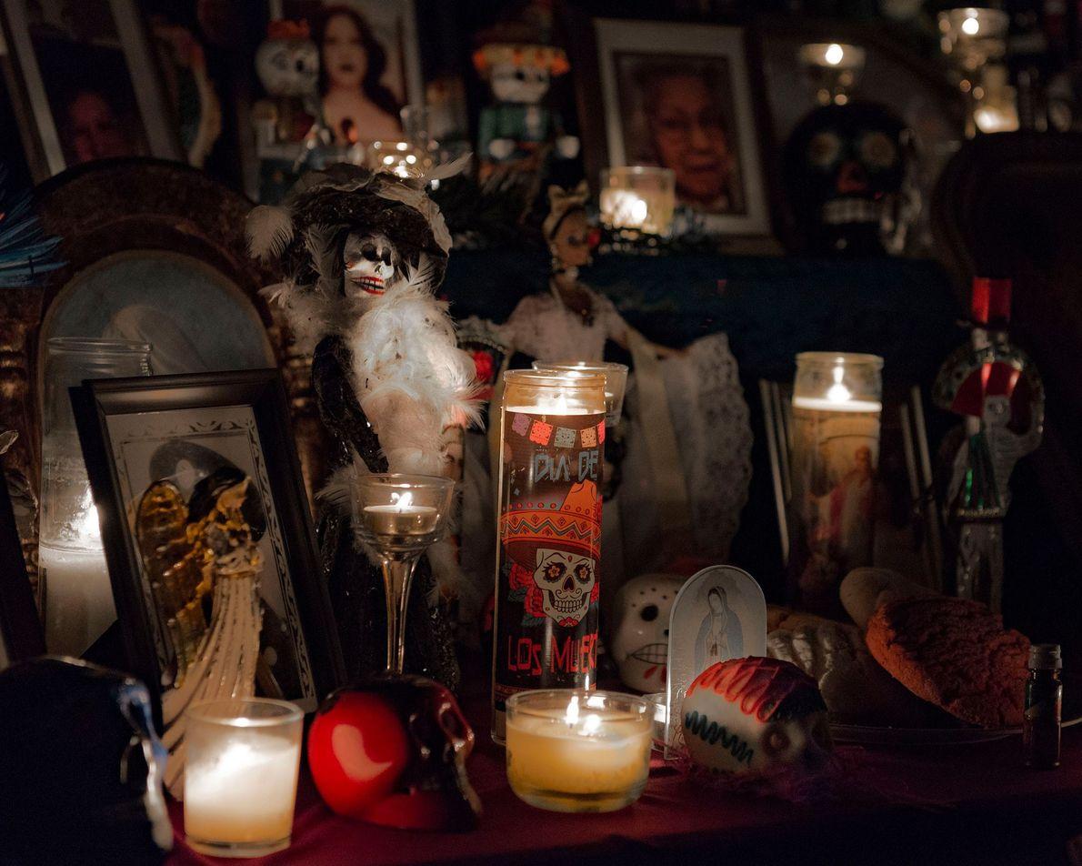 À San Francisco, l'élément incontournable des festivités du Día de los Muertos est le festival des ...