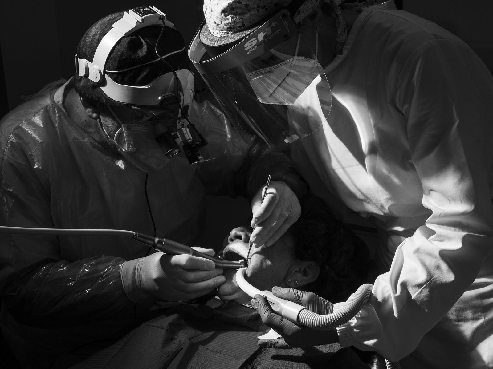 Il y a-t-il un risque à se rendre chez le dentiste pendant la pandémie ?