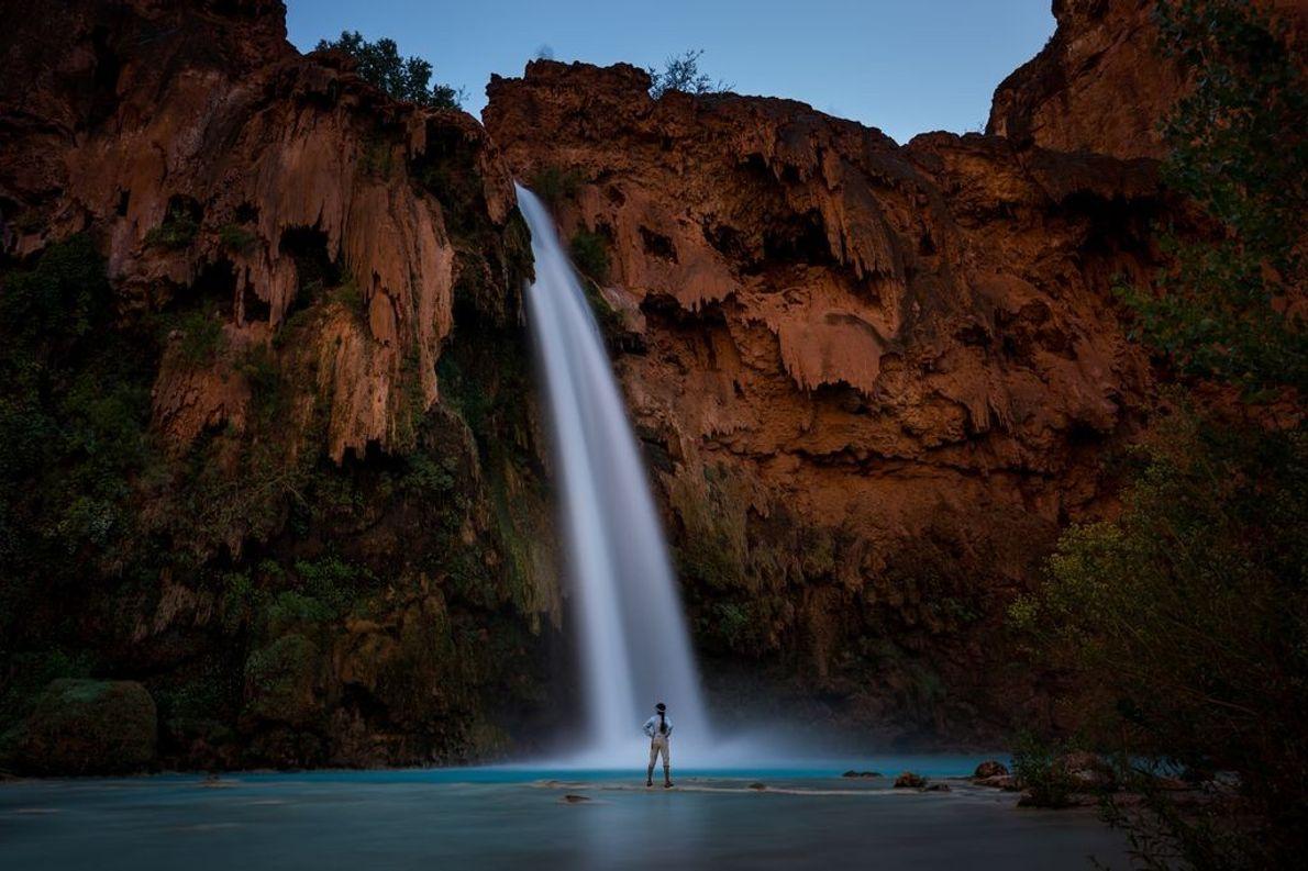 « Après notre dîner au terrain de camping d'Havasupai, nous avons pris la direction des chutes ...